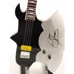 Gene Simmons Axe Bass - Kiss - Gene Simmons
