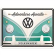 Cartello Tin Sign 15 x 20cm VW Bulli Adventure Awaits, 20x0x15 cm
